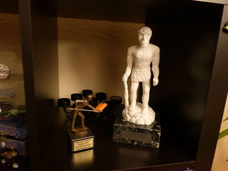 Eine seltene Trophäe, der Neandertaler!