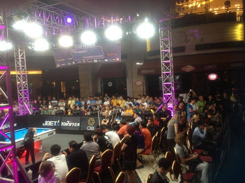 Extreme standing room only all day long at the Yalin Worlds